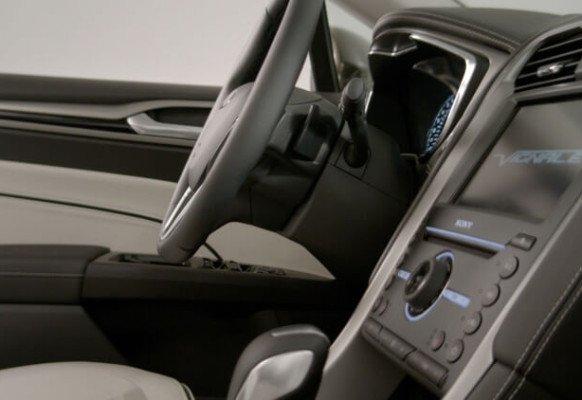 Новый Ford Mondeo Vignale — фото салона